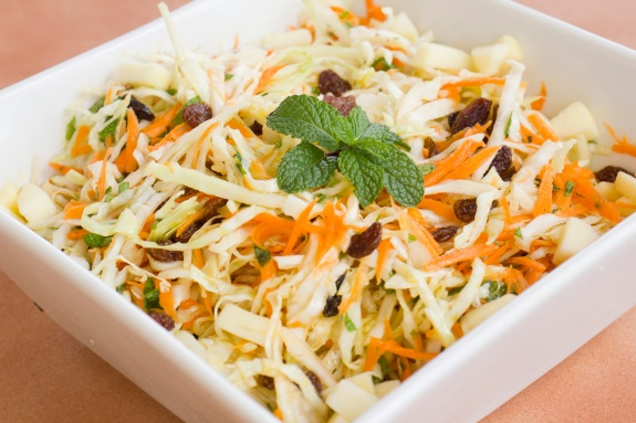 Coleslaw with cardamom and mint