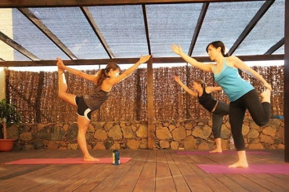 Vinyasa flow as Azul Fit, October 2011.